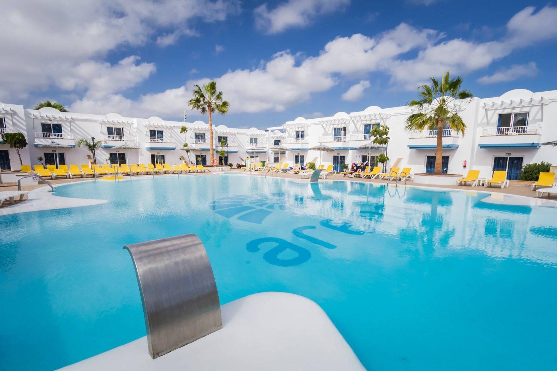 Arena Hoteles Catamaran pool