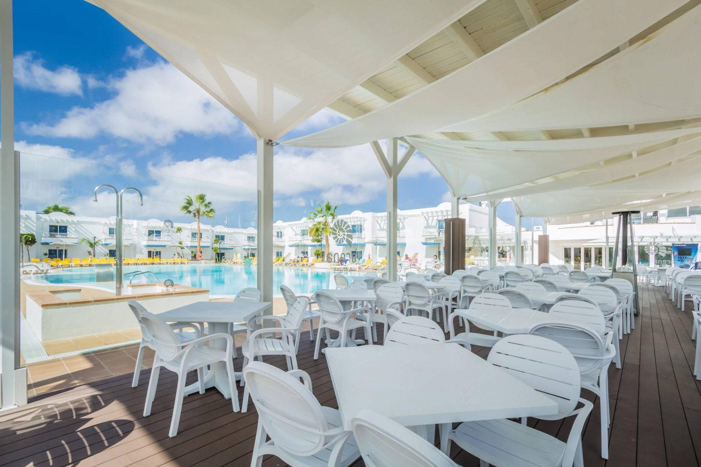 Arena Hoteles Catamaran restaurant